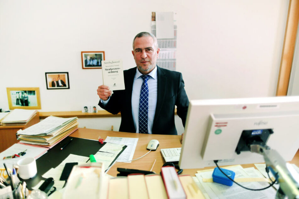 """José Asensio Pagan leitet seit einem Jahr die """"Zentrale Organisationsstelle für Vermögensabschöpfung"""" am OLG Hamm."""