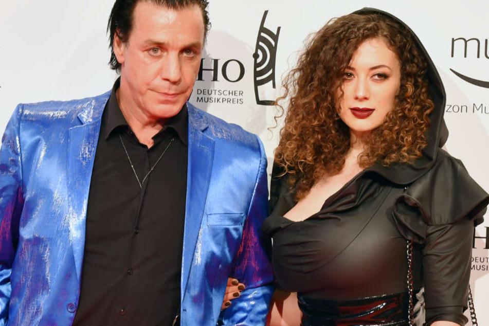 Till Lindemann und seine damalige Freundin Leila Lowfire beim Echo 2017.