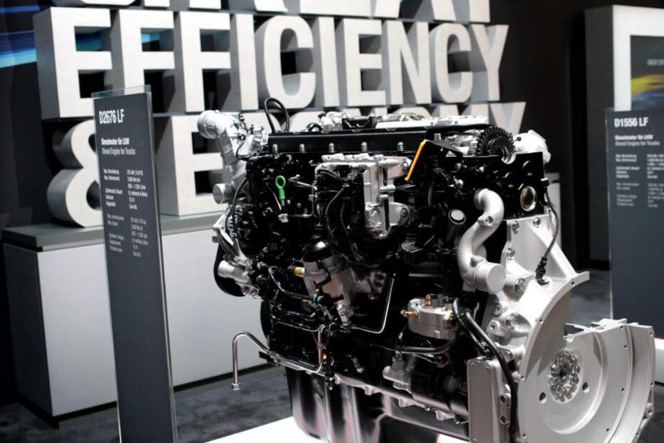 Der Motor eines neu entwickelten Lastwagens von MAN.