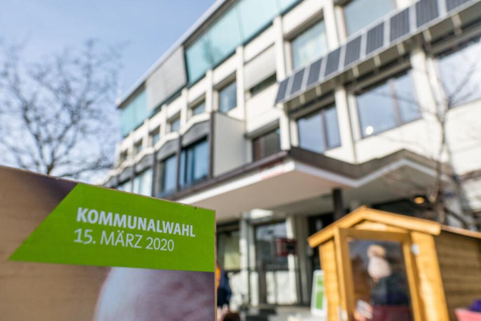 Die Vorwürfe gegen AfD-Politiker Manfred Schmidt in Bayern wiegen schwer.