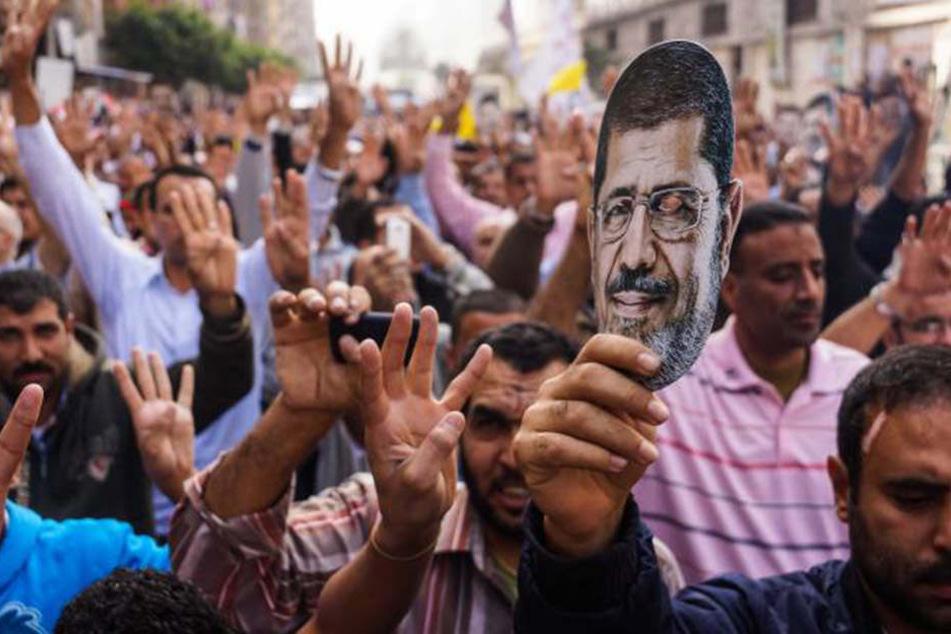 Anhänger des islamischen Präsidenten Mohammed Mursi 2013 in Kairo.