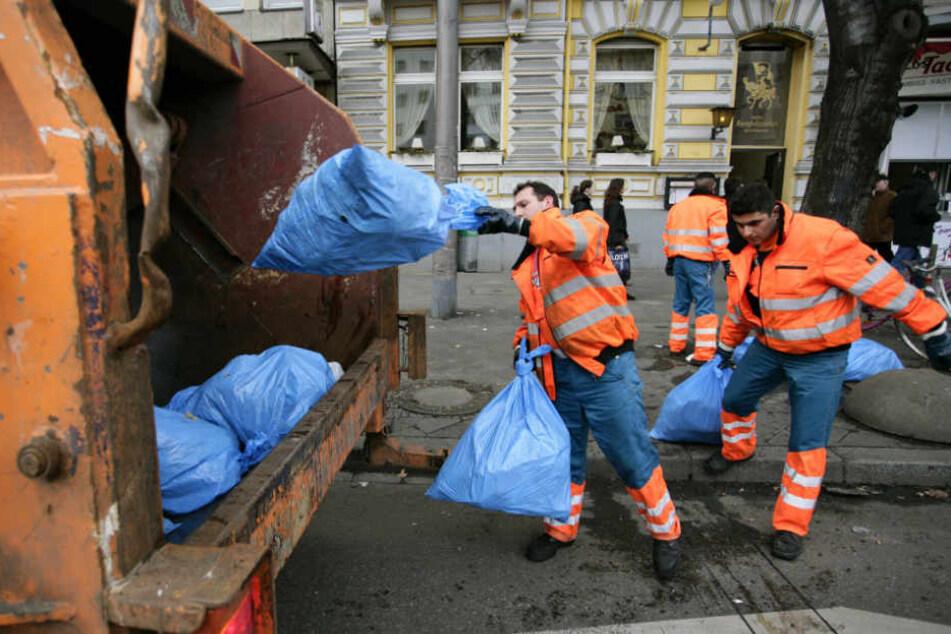Bis zum 3. März sollen die Abfuhren alle nachgeholt sein, verspricht die AWB. (Symbolbild)