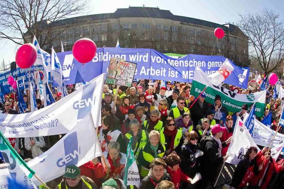 Sachsen droht der nächste Lehrerstreik!