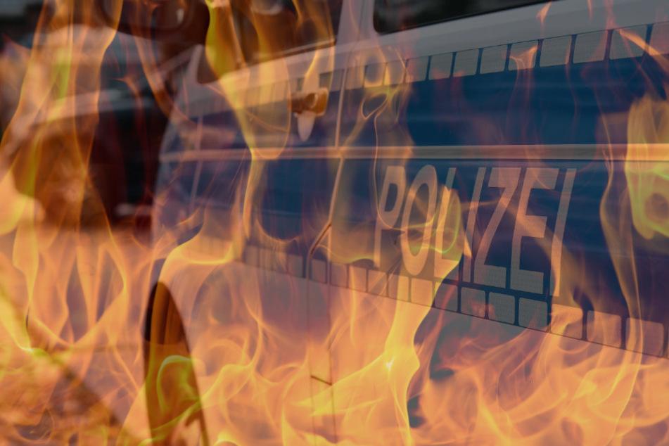 Als die Polizisten zu ihrem Auto zurückgekehrt waren, züngelten bereits Flammen unter dem Wagen hervor (Symbolbild).