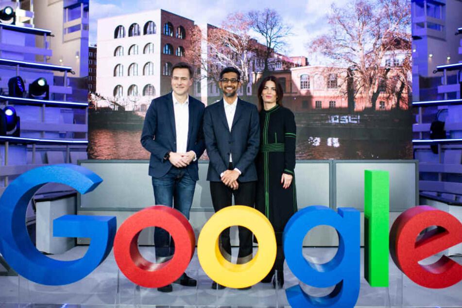 Zur feierlichen Eröffnung erschien sogar Sundar Pichai (mittig), CEO von Google.
