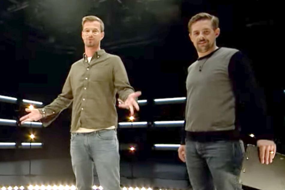 In 15 Live-Minuten auf ProSieben setzten Joko Winterscheidt (40, l.) und Klaas Heufer-Umlauf (35) ein Zeichen für Menschlichkeit.