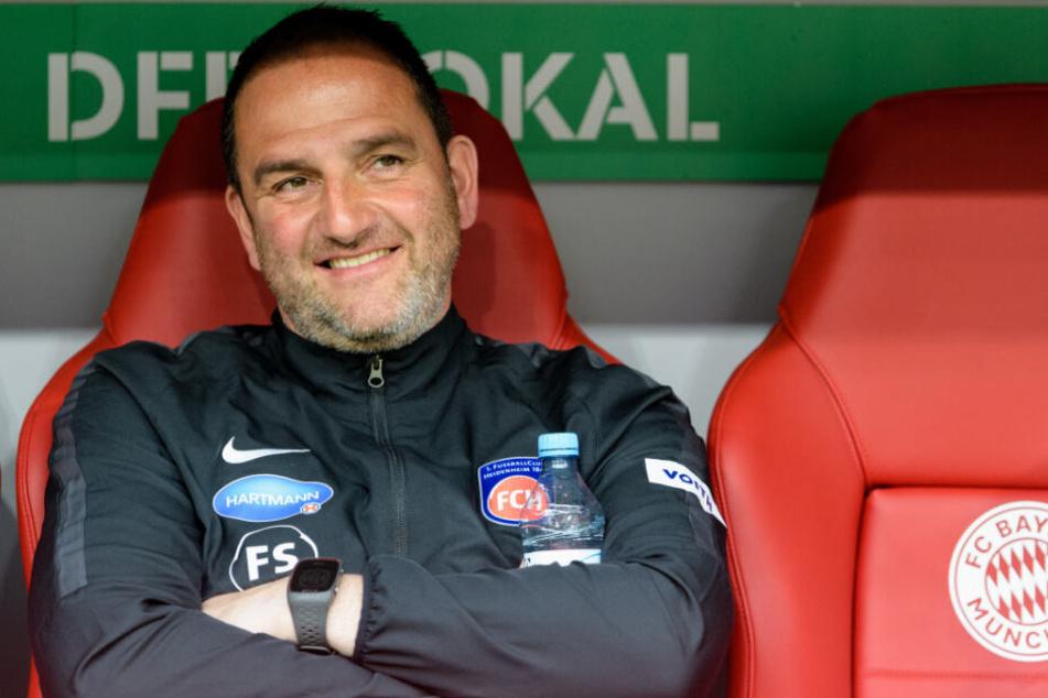 Heidenheim-Coach Frank Schmidt am Rande des DFB-Pokal-Spiels gegen den FC Bayern.