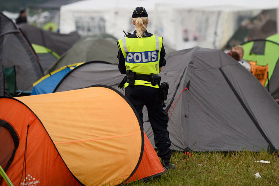 15-Jährige in Zuschauermenge vergewaltigt: Veranstalter sagt Musikfestival ab