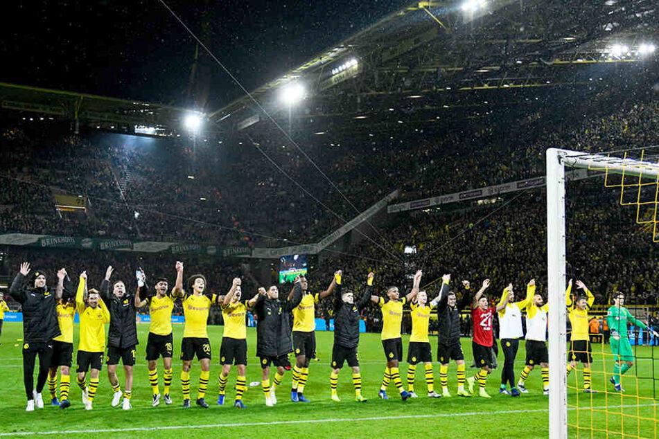 Der BVB baute den Vorsprung auf den FC BAyern München auf sieben Punkte aus.