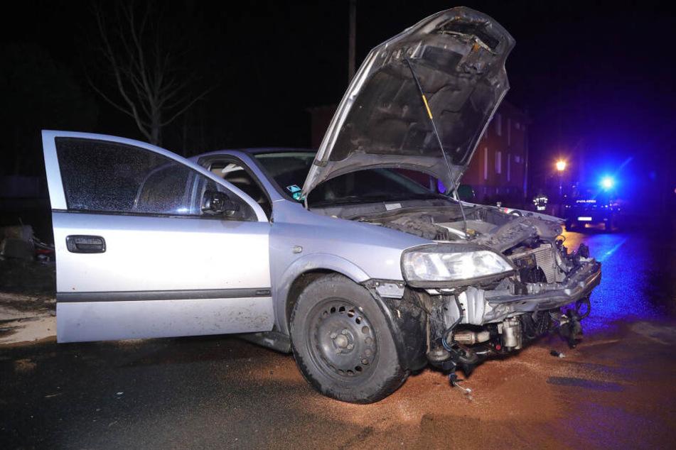Am Auto entstand ein Totalschaden.