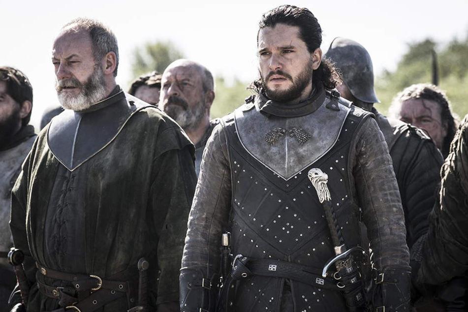 """Aegon Targaryen alias Jon Schnee (r., Kit Harington) und Ser Davos Seewert (l., Liam Cunningham) haben in dieser allerletzten """"GoT""""-Folge noch einiges zu überstehen."""