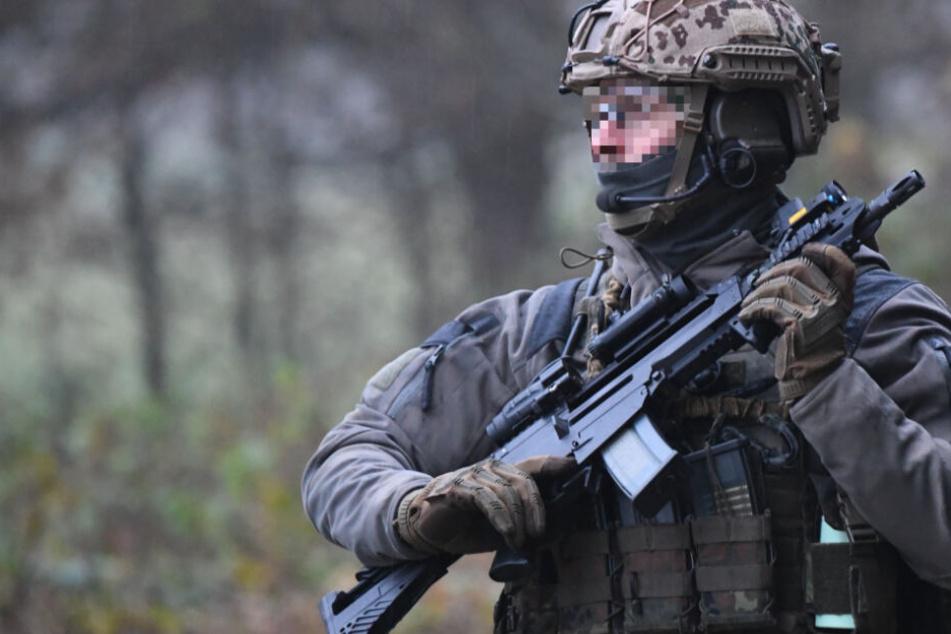 Es ging um Waffen: Razzia bei Ex-KSK-Soldat Andre S.