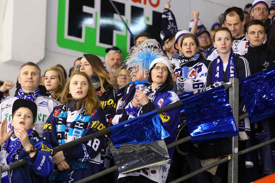 Sahen die Dresdner Anhänger noch sehr gute Chancen im ersten Drittel, gab ihr Team im zweiten das Spiel aus der Hand.