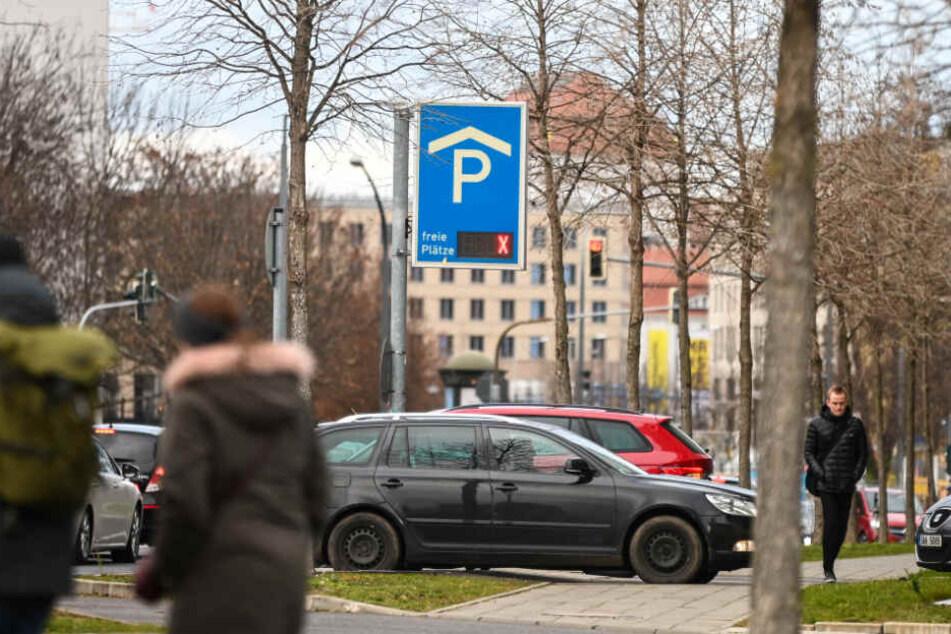 Alles belegt! Im Advent sind Parkplätze in der City Mangelware.