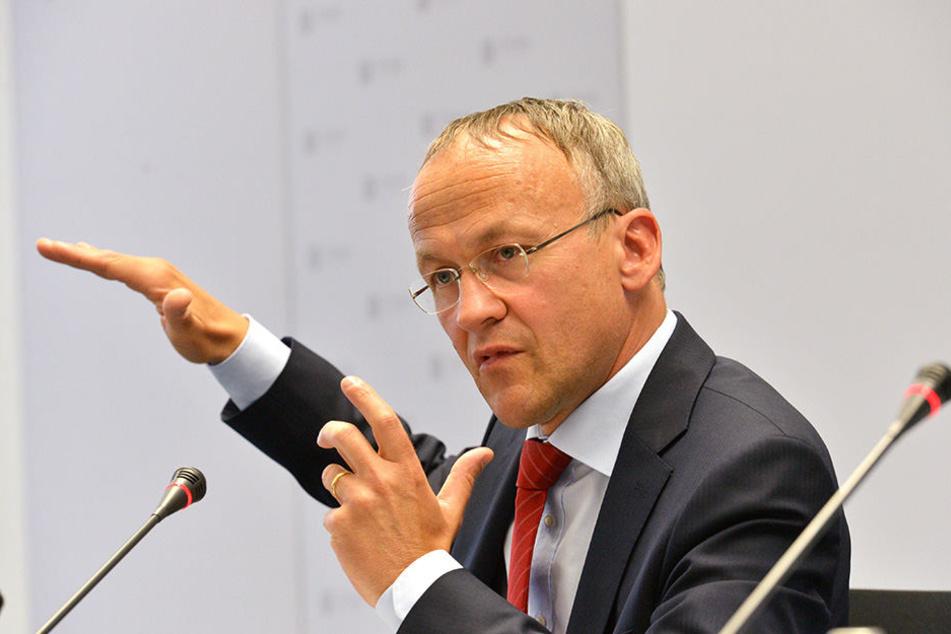 Dr. Peter Lames (52, SPD)