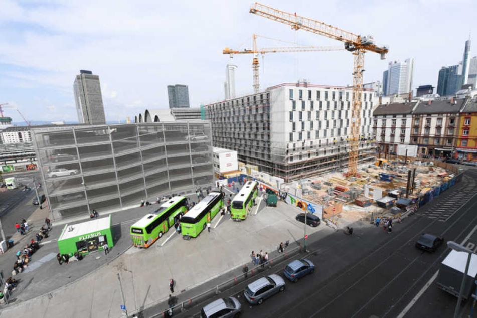 Der Frankfurter Hauptbahnhof soll dank neuer Bauprojekte raus aus dem Schmuddel-Image.
