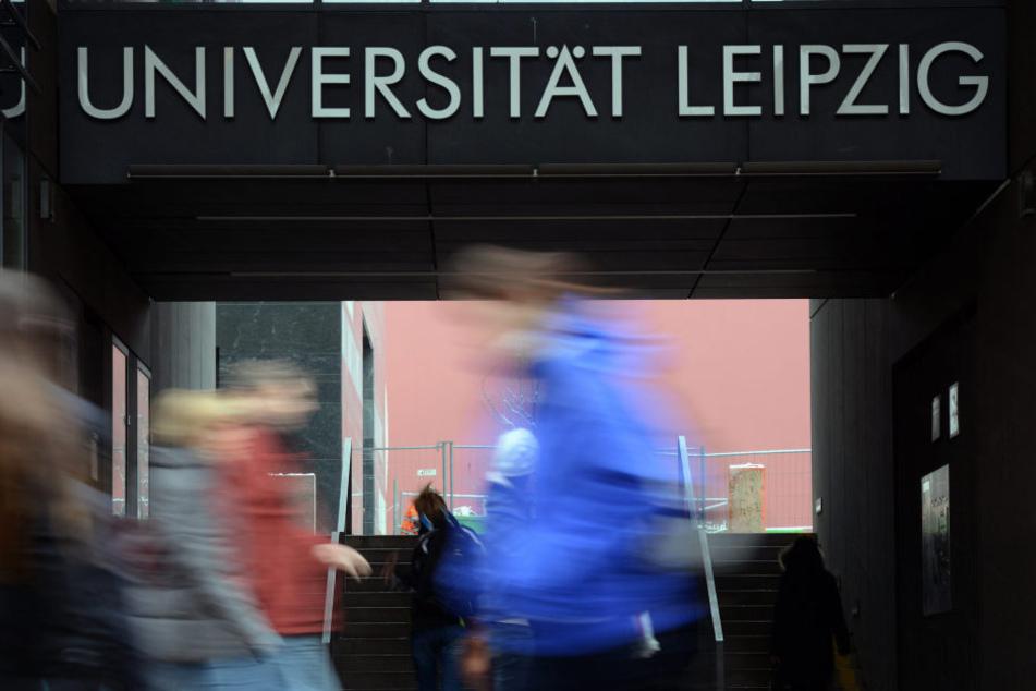 Die Uni in Leipzig ist bei Studenten sehr beliebt.