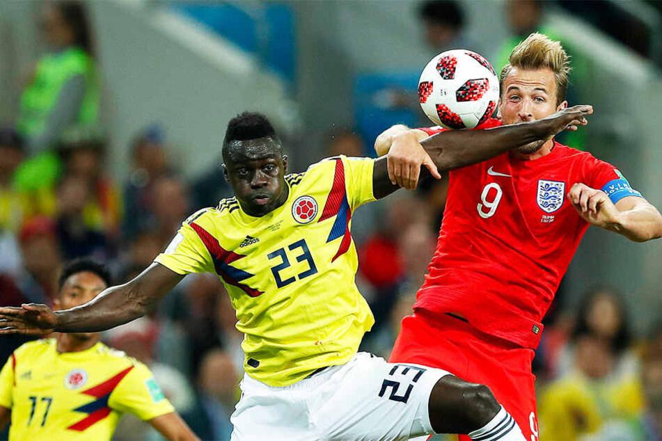 Im Verein Kollegen, bei der WM Gegenspieler: Der Kolumbianer Davinson Sanchez (l.) und Englands Harry Kane (r.), die beide bei den Tottenham Hotspurs spielen.