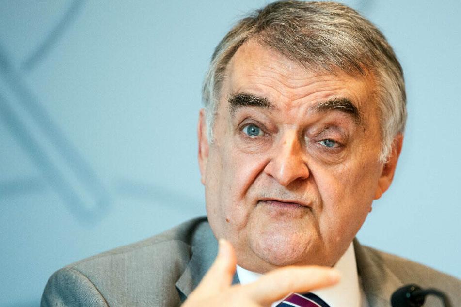 NRW-Innenminister Herbert Reul (66).