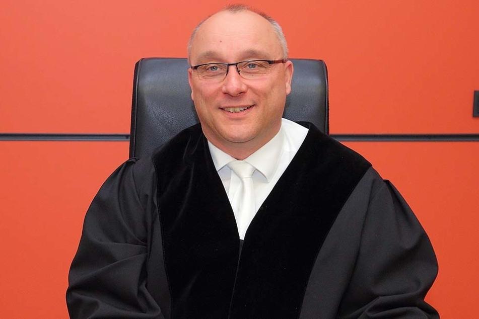 Richter Jens Maier schenkte dem Angeklagten Glauben.