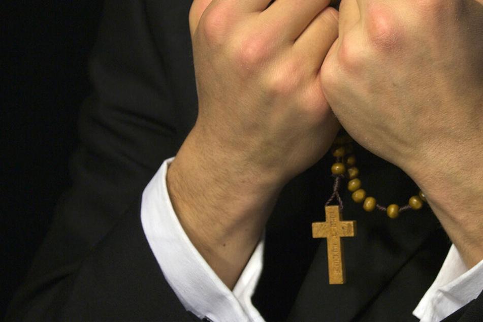 Wieder sexueller Missbrauch durch Priester, doch das ist noch längst nicht alles!