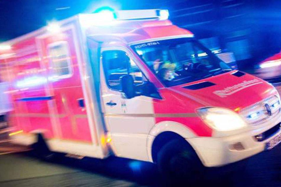 Eine 74-jährige Frau ist am Sonntag in Schönborn tödlich verunglückt.