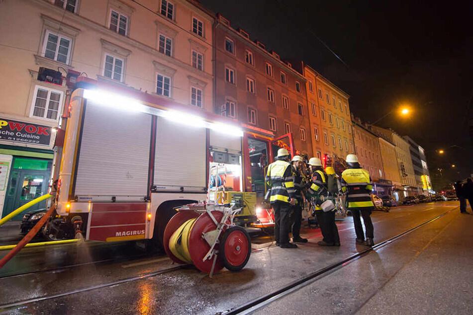 In München kam es in der Nacht zum Mittwoch zu einem Wohnungsbrand.