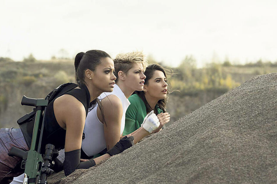 """Kristen Stewart (29, """"Twilight""""), Ella Balinska (23) und Naomi Scott (26) als """"3 Engel für Charlie""""."""