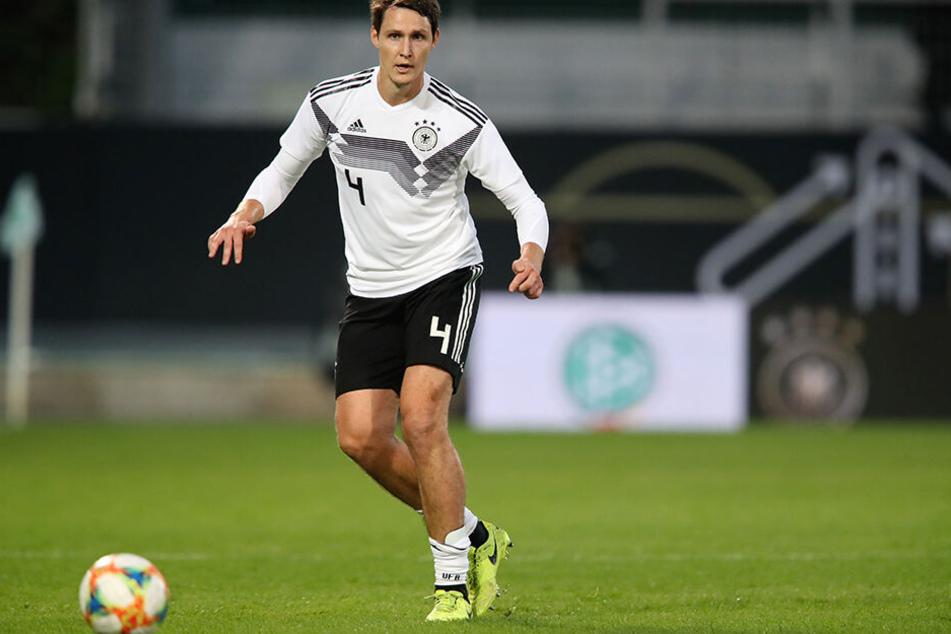 Auch ohne Profi-Vertrag: Philipp Wollscheid hat dennoch noch Spaß am Fußball. Hier bei einem DFB-All-Star-Spiel in Fürth Anfang Oktober.
