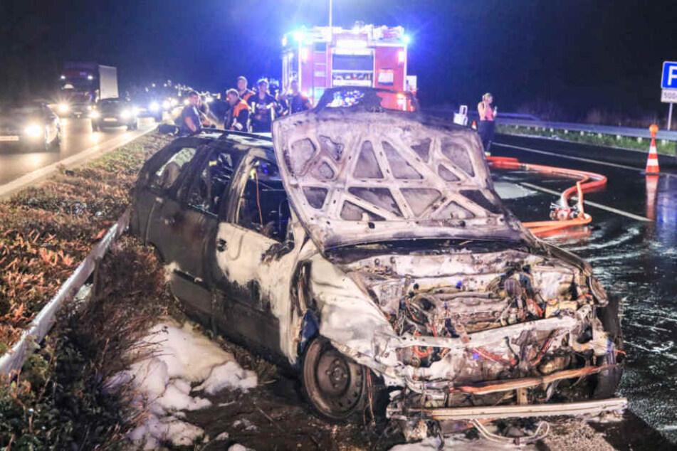 Beim zweiten Aufprall fing der Wagen Feuer.