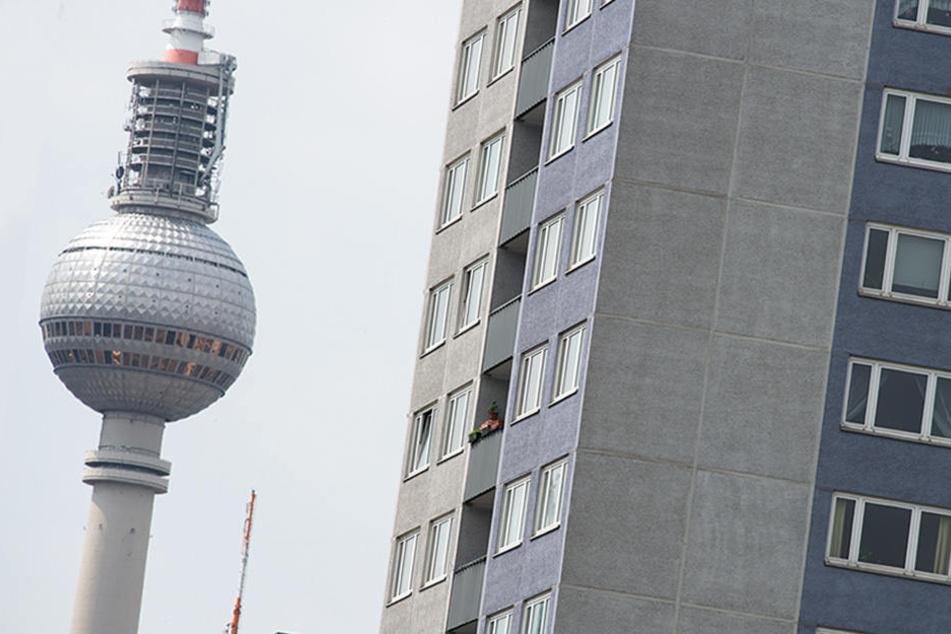 Das rot-rot-grün regierte Land Berlin startet eine Bundesratsinitiative, um die Mietpreisbremse nachzubessern.