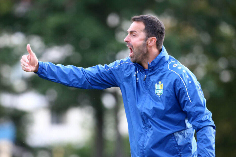 Sreto Ristic coachte den Chemnitzer FC lautstark beim Test gegen Union Berlin. Darf er bei den Himmelblauen weitermachen?