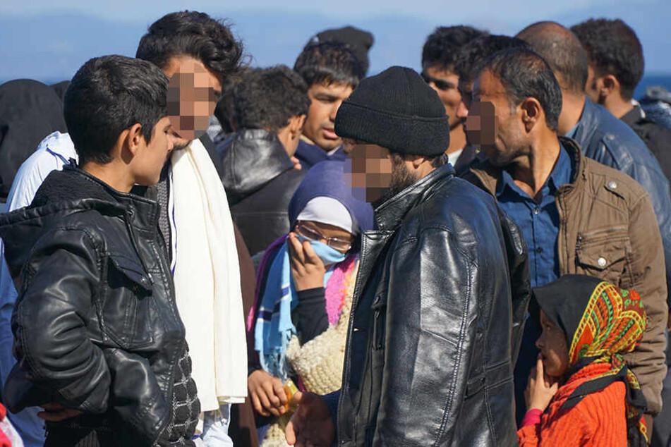Vor allem die männlichen Flüchtlinge machen den Anwohnern in Hövelhof Sorgen.