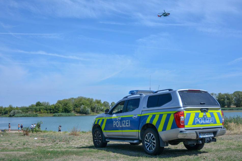 Ein massives Fischsterben im Salbker See 1 in Magdeburg hatte am Sonntag die Polizei auf den Plan gerufen.