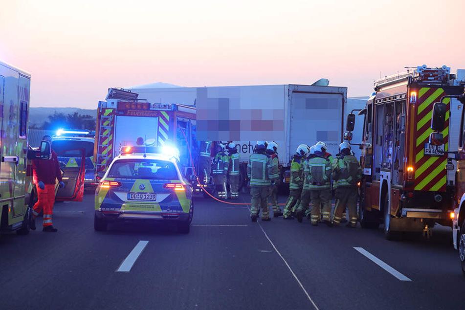 Die Feuerwehr und Polizei war mit einem Großaufgebot vor Ort.
