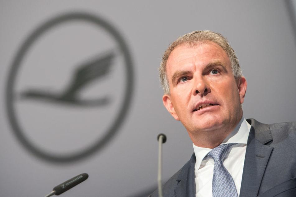 Lufthansa-Chef Carsten Spohr halt die Unterstellungen für absurd.