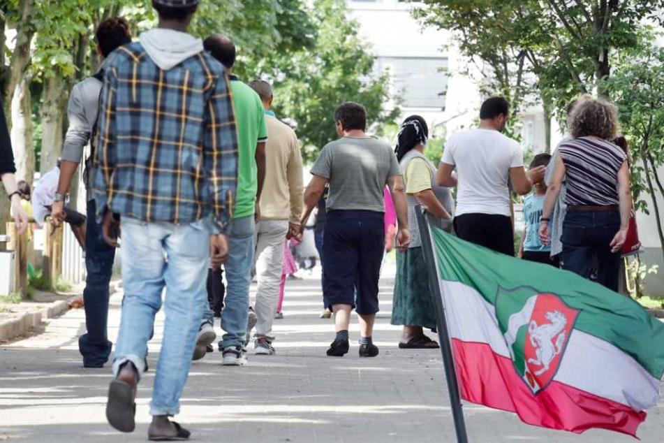 Im vergangenen Jahr zahlte NRW insgesamt 1,22 Mrd. Euro an 122.445 Asylbewerber (Symbolbild).