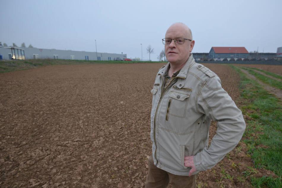 Peter Köhler (57) vom Regionalbauernverband startete die Blüteninitiative für ein Feld in der Nähe des Neefeparks.