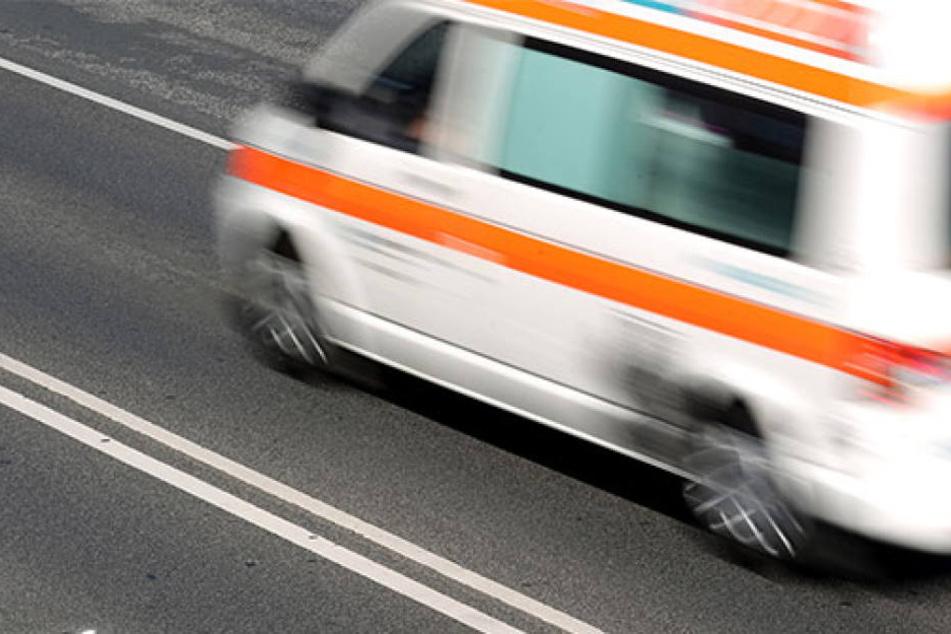 Krankenwagen verliert Reifen bei Einsatzfahrt - Verdacht auf Sabotage