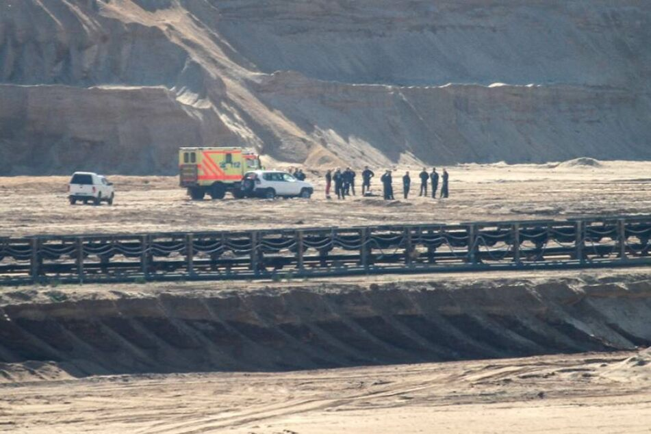 Am Sonntag gelangten Aktivisten auf das Gelände des Hambacher Tagebaus.