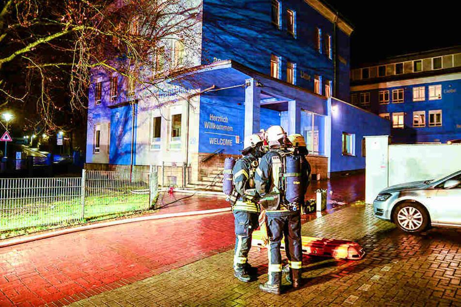 Innerhalb von Sekunden mussten die Feuerwehrleute reagieren. Es ging um ein Menschenleben.