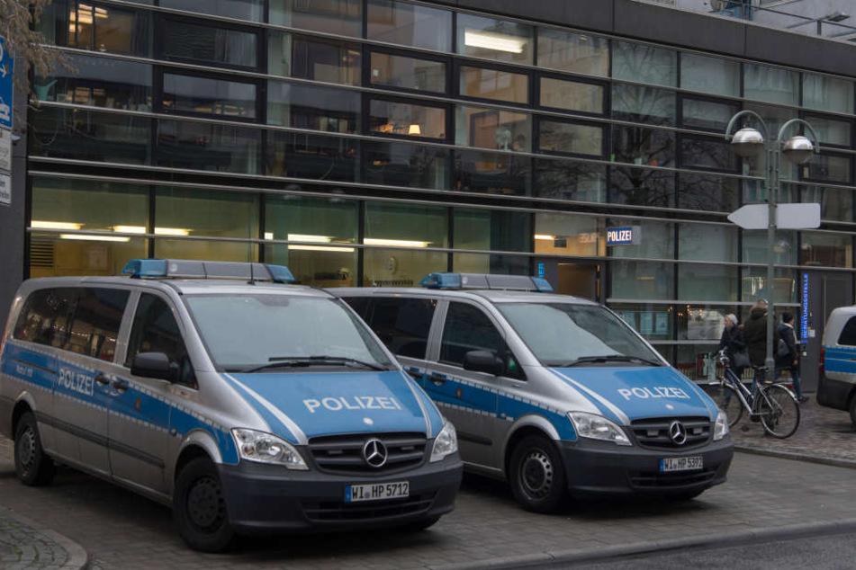 Nazi-Skandal bei Polizei: Sechster Beamter suspendiert!