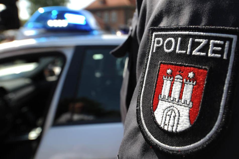 Die Hamburger Polizei musste gegen einen eigenen Mann vorgehen (Symbolfoto).