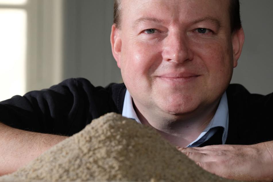 Er verwaltet das Sandkataster von Sachsen und Sachsen-Anhalt: Das Wissen von Matthias Zötzl hilft, historische Bauten originalgetreu zu rekonstruieren.