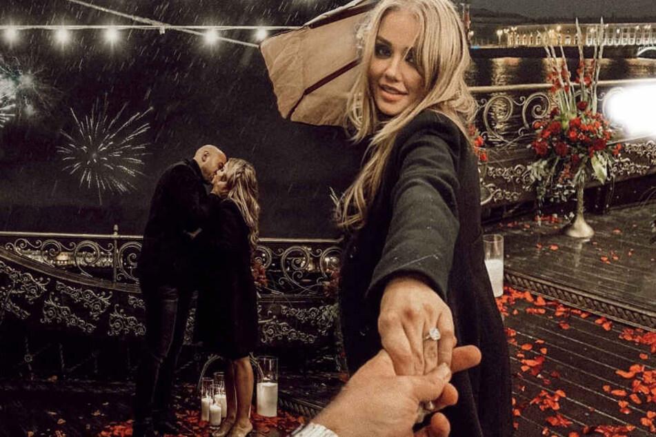 Bald-Braut Kim Gloss und ihr Alexander beim Heiratsantrag in Sankt Petersburg. (Bildmontage)