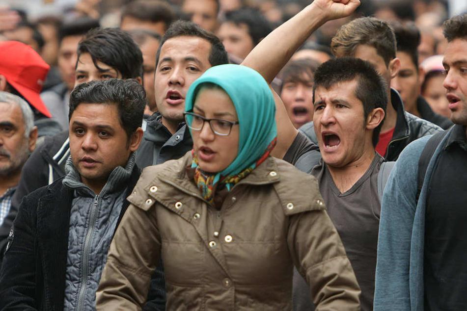 """Flüchtlings-Protest, """"bis jemand von der Regierung kommt"""""""