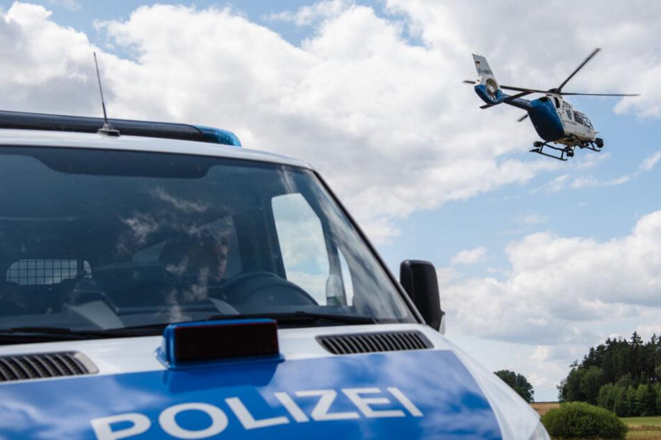 Polizei sucht betrunkenen Unfallverursacher mit Hubschrauber. (Symbolbild)