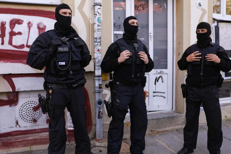 Razzien in Sachsen: Mehrere Männer festgenommen