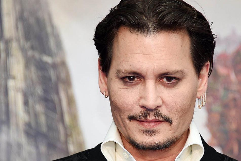 Nur noch heftige Vorwürfe: Was ist nur mit Johnny Depp los?
