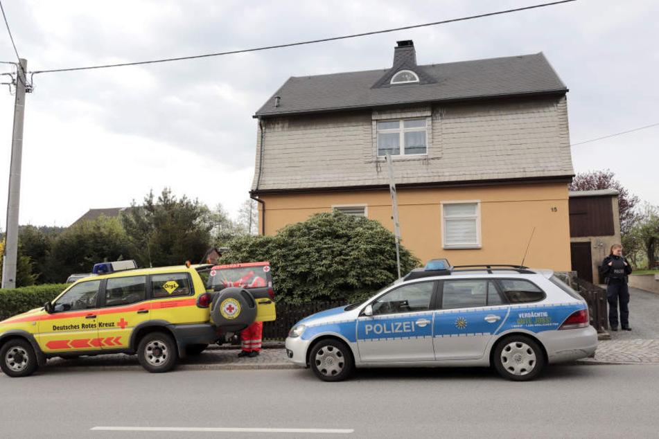 Verbrechen im Stollberger Ortsteil Raum: Chris H. hatte seine Freundin mit einem 22 Zentimeter langen Küchenmesser erstochen.